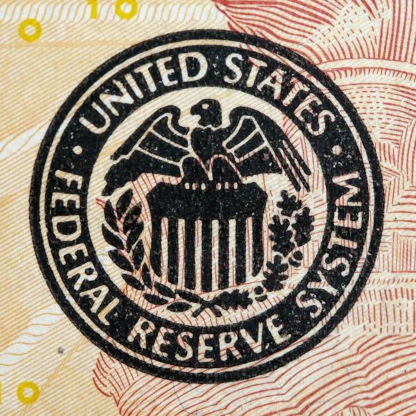Analiza USD/JPY - jak zachowa się para w przypadku nieuchwalenia budżetu w USA?