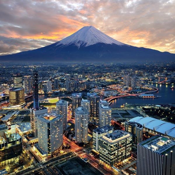 Przed FOMC Nomura otwiera nowe longi na USD/JPY z celem na 106 i SL na 102.70