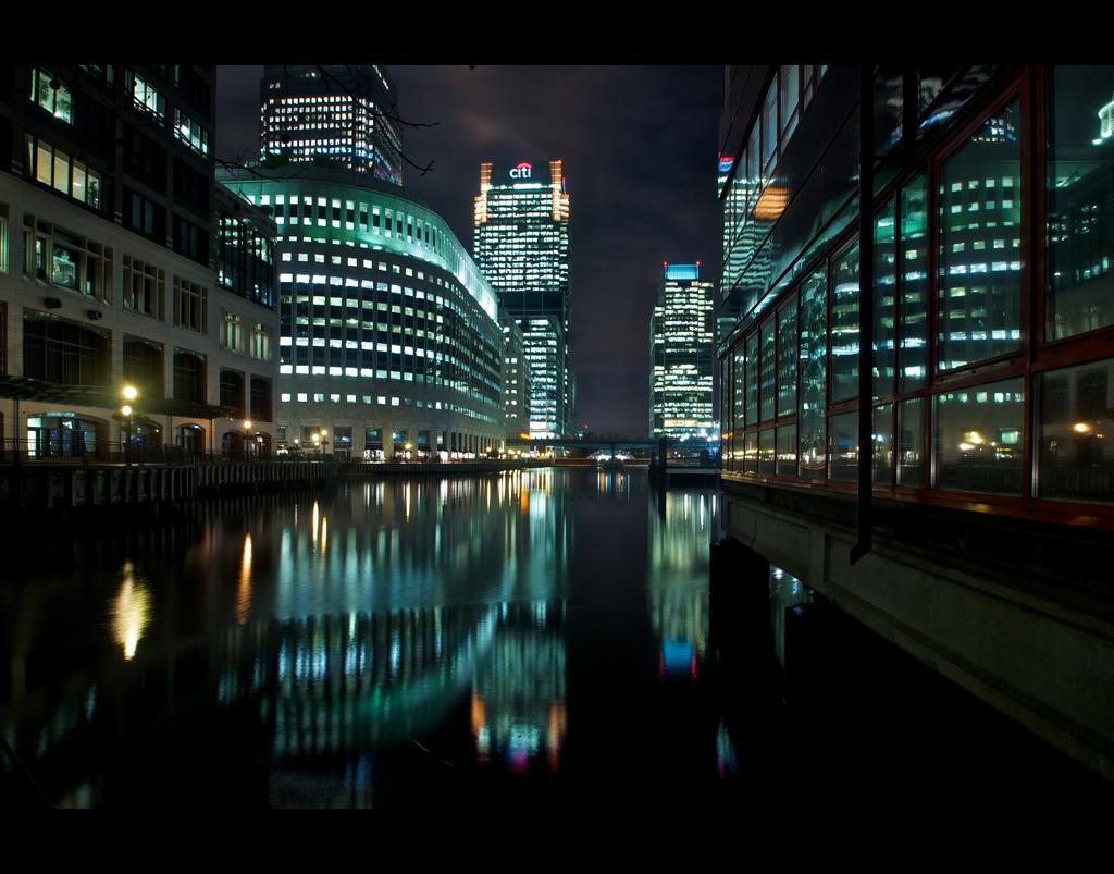 London Citi at night