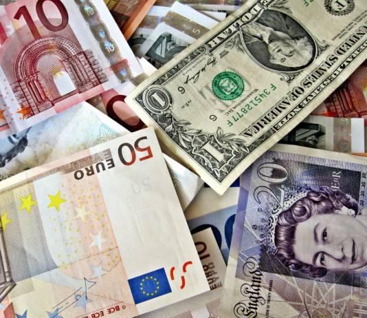 Kurs funta i euro do dolara amerykańskiego