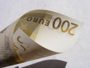 Kurs euro w przeddzień wybicia? EURPLN konsoliduje przy 4,26 zł na Forex