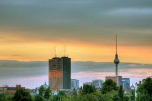 Zachód słońca nad Berlinem | Wikimedia