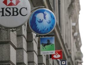 banki HSBC Santader