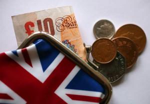 Pandemia wpycha Wielką Brytanię w coraz głębszy kryzys