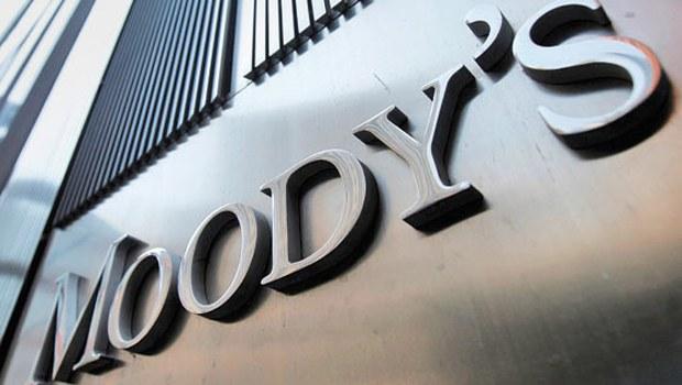 moody's logo na budynku