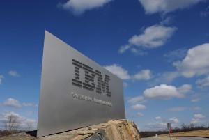 Wyniki IBM i Logitech przekroczyły oczekiwania analityków
