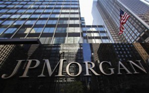 napis JPMorgan na fasadzie budynku