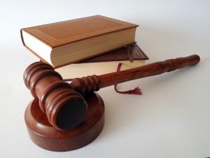 IronFX ponownie w sądzie. Tym razem w roli oskarżyciela.