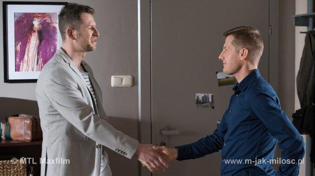 Od lewej: serialowy Kuba (oszust) i PawełFot.: MTL Maxfilm