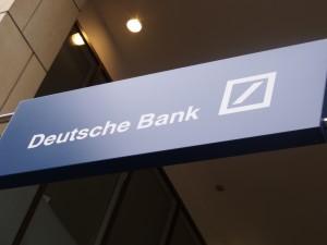 Deutsche Bank zamknie co 5. oddział w Niemczech. Niezbędne dalsze cięcia