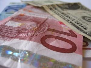 Kurs euro z perspektywą długoterminowego wzrostu według analityków mBank