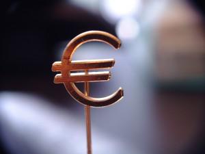 Kurs euro do dolara 17 maja 2019