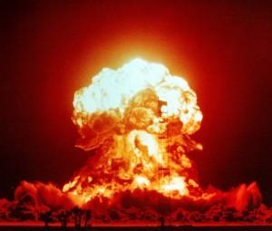 Kurs dolara rośnie, gdy Donald Trump mówi o testowaniu broni nuklearnej