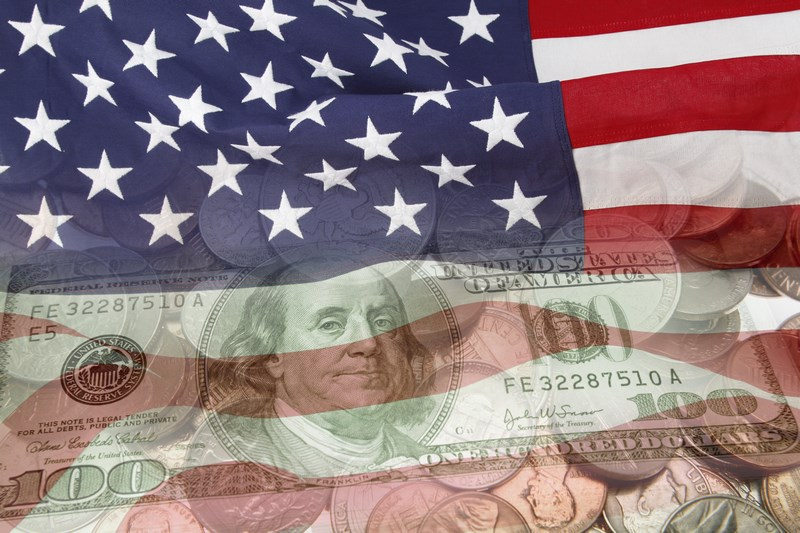 USA: Przemysłowy PMI w dół, usługowy w górę. Kurs dolara (USDJPY) zyskuje po publikacji