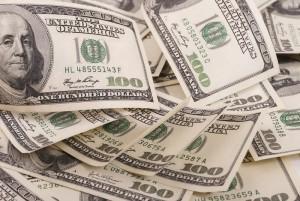 Kurs dolara w górę dzięki przewadze Joe Bidena. Funt (GBP/USD) traci