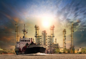 Notowania ropy naftowej mocno tąpnęły w dół. Zbliża się podwyżka limitów produkcji surowca
