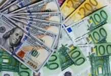 euro dolary banknoty