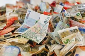 Kurs eurodolara (EUR/USD) cofa się do 1,13