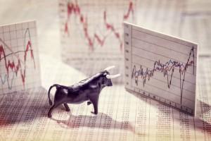 Poranny przegląd rynków: Indeksy giełdowe w USA nie zwalniają tempa, Nasdaq i S&P500 coraz wyżej