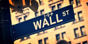tabliczka z napisem wall street