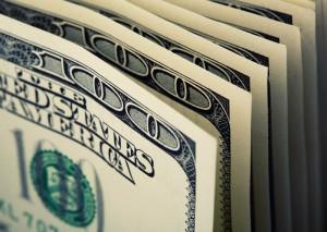 Kurs dolara dociera do 3,7580 PLN. USD/PLN coraz bliżej zakresu docelowego