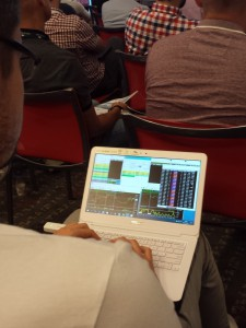 Jak widać do handlu wystarczy zwykły, nieduży laptop...