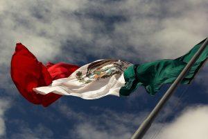 Kurs USD/MXN ma szanse rozbudować ruch na południe. Podwyżka stóp zatrzymała przecenę peso