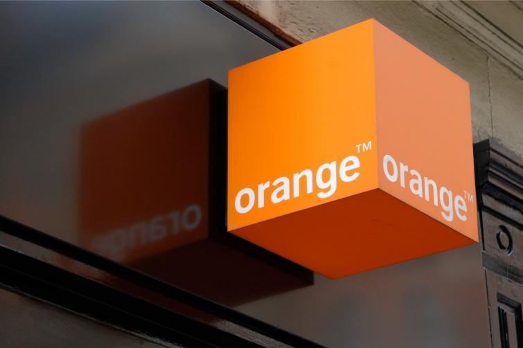 Orange opuszcza dołem kanał spadkowy. Kurs niebawem przy 6,15 zł?