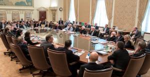 S&P 500 spada 3. sesję z rzędu. Fed wzywa rząd USA do wsparcia gospodarki