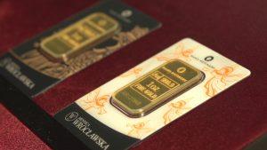 Kurs złota (XAU/USD) utrzyma stabilny wzrost przez ujemne stopy na świecie