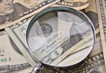 Dolar amerykański USD pod lupą