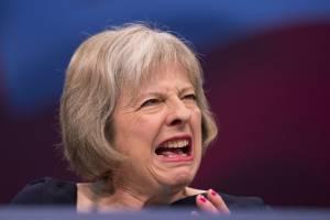 Brytyjska premier, Theresa May, wściekła w chuj agresywna