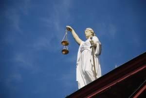 Symbol prawa z wazą
