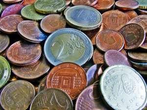 Kurs euro (EUR/USD) rośnie, dolar pozostaje słabszy
