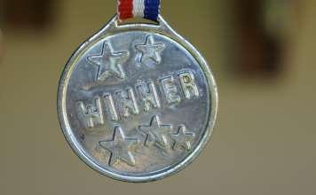 zwycięski medal