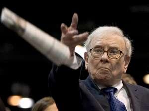 """Warren Buffett porzuca akcje spółek lotniczych. """"Covid-19 zmienił świat"""""""