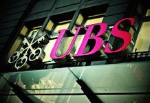 Logo banku UBS na budynku