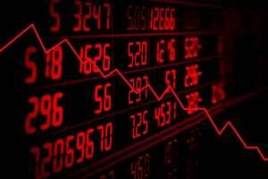 Dolar i funt sprzedawane przez dużych graczy. Kursy walut w obliczu raportu CFTC