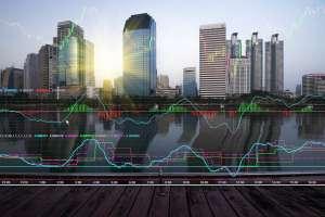 WIG20 oczekuje na dane z rynku pracy USA, Bitcoin rośnie. S&P 500 mija się z nastrojami inwestorów - sentyment CMC Markets