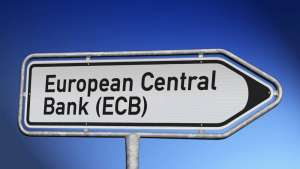 Kurs euro testuje 124,40 JPY. EBC nie chce iśćw ślady Fed, informują źródła z banku centralnego