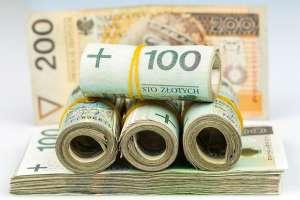 Kurs dolara i euro w górę, złoty traci także do funta i franka w piątek 22 maja