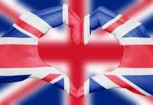 serce na tle flagi UK