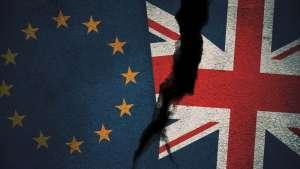Kurs funta (GBP/PLN) w okolicach 4,9257. Johnson ponownie grozi brakiem porozumienia w sprawie Brexitu