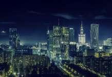 krajobraz Warszawy nocą