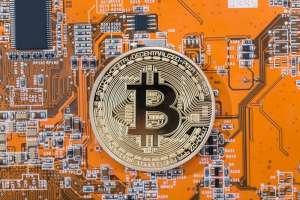 Bitcoin spadnie do 8200 USD? Kurs BTC w kierunku wsparcia zdaniem Bączkowskiego