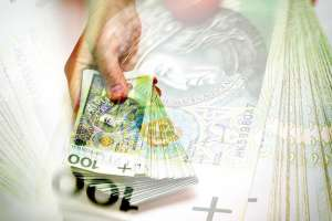 Kurs złotego coraz słabszy! Umacnia się dolar, funt, frank i euro we wtorek na Forex