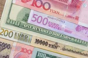 Kurs euro ponownie dociera do 4,5733 PLN. Rynek przy oporze