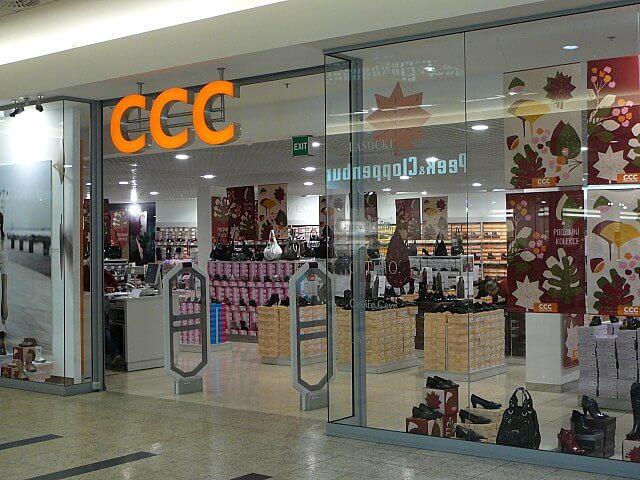 CCC już blisko psychologicznych 100 zł. Sukces aplikacji mobilnej