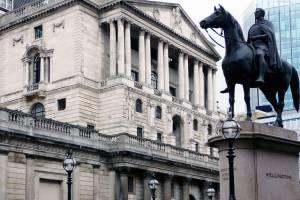 Kurs funta spada. Bank Anglii obniży w lutym stopy procentowe?