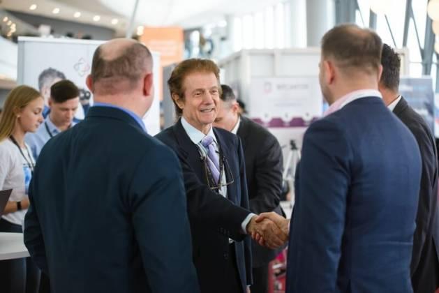 Joe DiNapoli na Invest Cuffs 2019